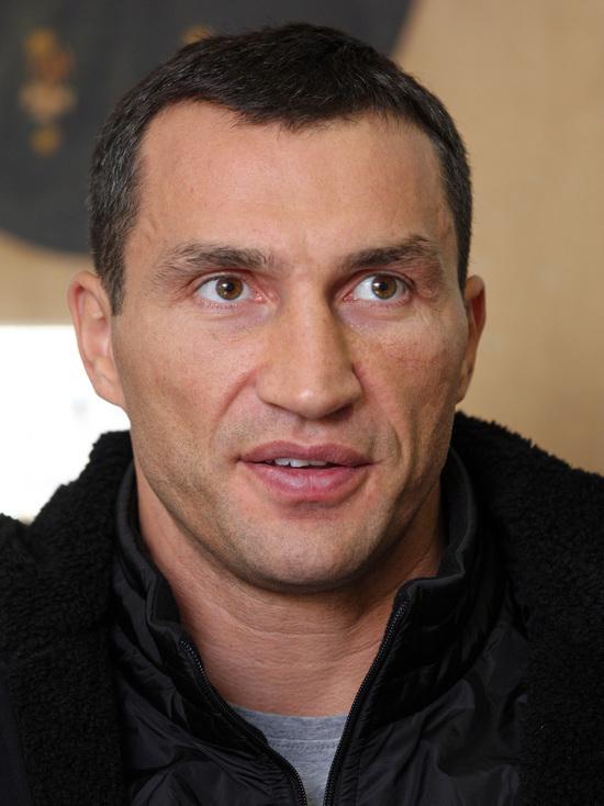 Кличко высказался против решения Порошенко лишить Саакашвили гражданства