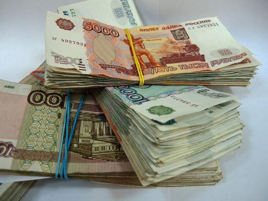 Красноярские депутаты назвали рост своих зарплат подставой единороссов