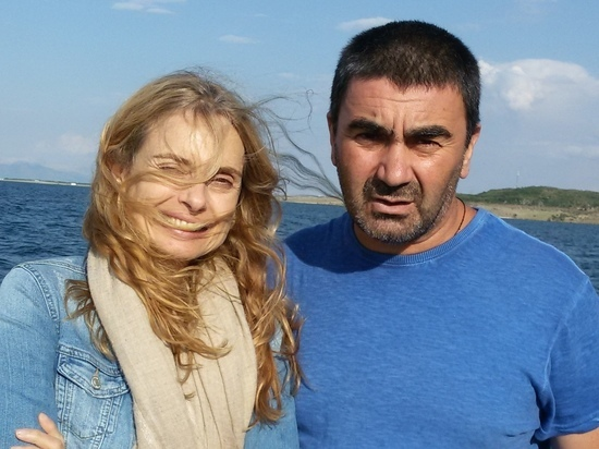 Девушка Бонда Мэриам д`Або оказалась грузинкой и женой «оскароносца»