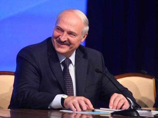 Лукашенко назвал русскоязычную прессу артиллерией гибридной войны