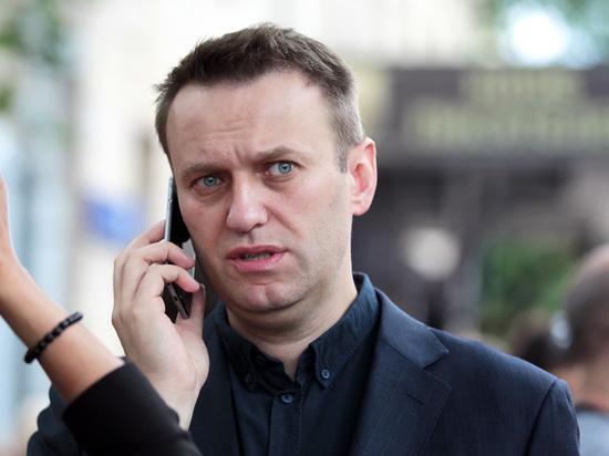 Навальный задал Стрелкову три вопроса к дебатам