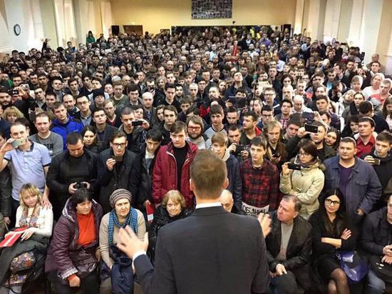 Страхи и радости волонтеров Навального: «Если выкатят танк, я лягу»