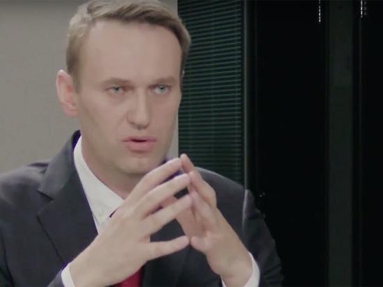 Дебаты Стрелкова и Навального открылись скандалом