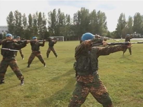 День ВДВ: десантники устроят скачки на лошадях со стрельбой