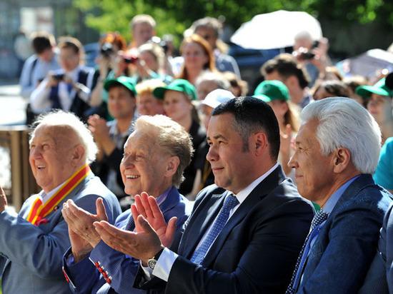 89-й день рождения поэт-шестидесятник Дементьев встретил на родине