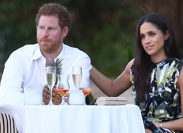 Бабушка сказала «нет»: Королева Великобритании против свадьбы внука с актрисой