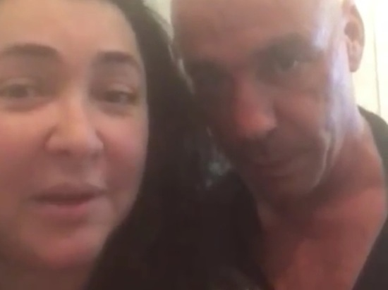 Лолита опубликовала видео поцелуя с солистом Rammstein Линдеманном
