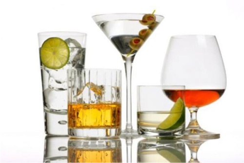 Эксперты раскрыли воздействие алкоголя на кожу
