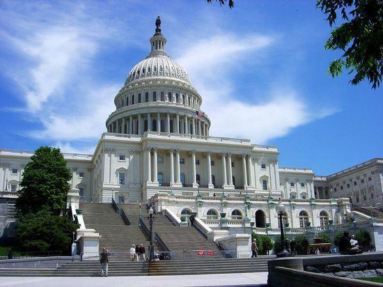 «Моя карьера закончена»: почему трое конгрессменов проголосовали против антироссийских санкций