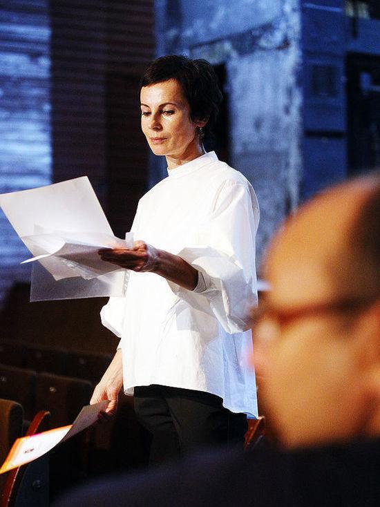 Ирина Апексимова провела сбор труппы