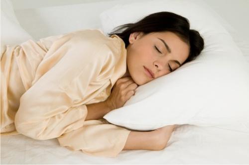 Врачи определили норму длительности сна