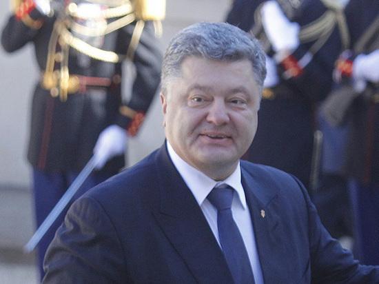 Порошенко попросит в ООН ввести миротворцев в Донбасс