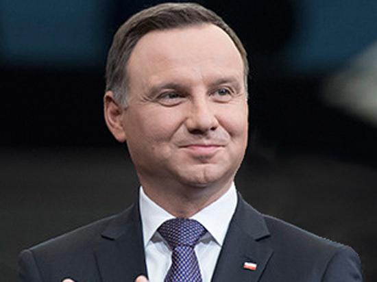 За что Евросоюз грозит Варшаве санкциями: польско-польская война