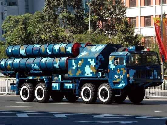 Китай открыл первую зарубежную военную базу под «носом» у американцев