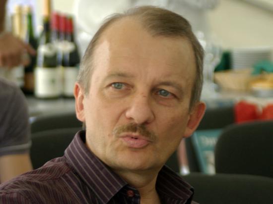 «Сергея Алексашенко ставят в такое положение, чтобы в России не появлялся»