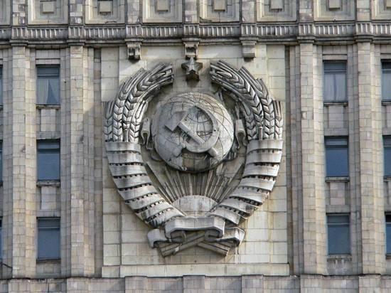 Кто-то двигает пешки: Москва попросила Кишинев не выгонять миротворцев