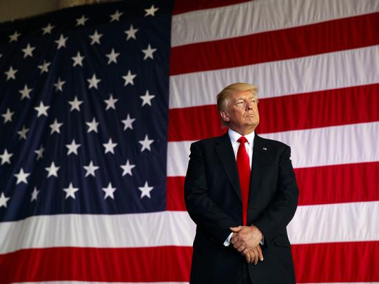 Трамп подставил себя, заявив об ответственности всех сторон в Шарлоттсвилле