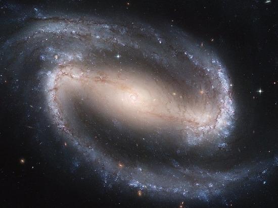 В интернете опубликован снимок галактик, разорвавших друг друга