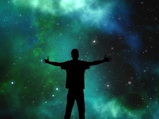 Обнаружены две звезды, летящие сквозь космос на головокружительной скорости
