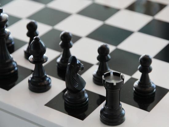 Канадский шахматист был вынужден покинуть соревнование из-за неподходящей одежды