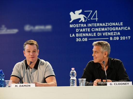 Выдающиеся британские актрисы Джуди Денч и Хелен Миррен умирали на Венецианском кинофестивале