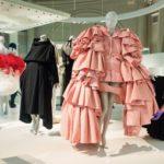 Наследие Кристобаля Баленсиаги: 10 модных изобретений, которыми мы пользуемся до сих пор