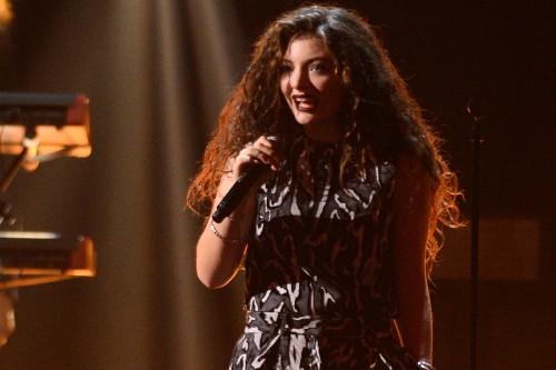 Певица Лорд рассказала о том, где взяла вдохновение для песни Liability и расплакалась в такси