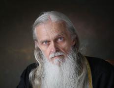 Православные жители Миасса прощаются с духовным пастырем-ракетостроителем