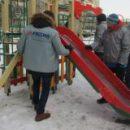 Челябинских строителей подозревают в краже средств при возведении детских городков