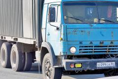 За сильные выхлопы в Челябинске оштрафовали еще 65 водителей