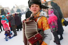 В Челябинске открываются предновогодние ярмарки