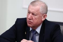 Евгений Тефтелев пожелал челябинцам в Новом году редкостной удачи и позитива